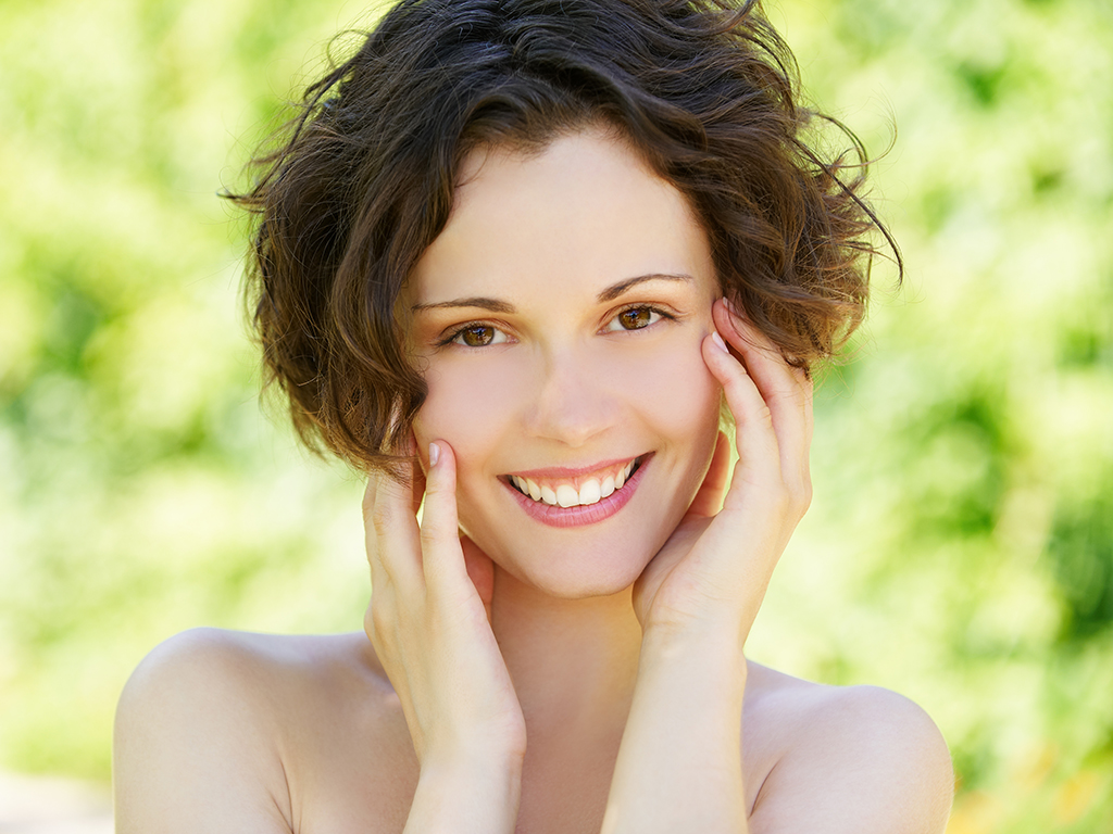 Dos and Donts to Keep Your Skin Healthy and Youthful as You Age
